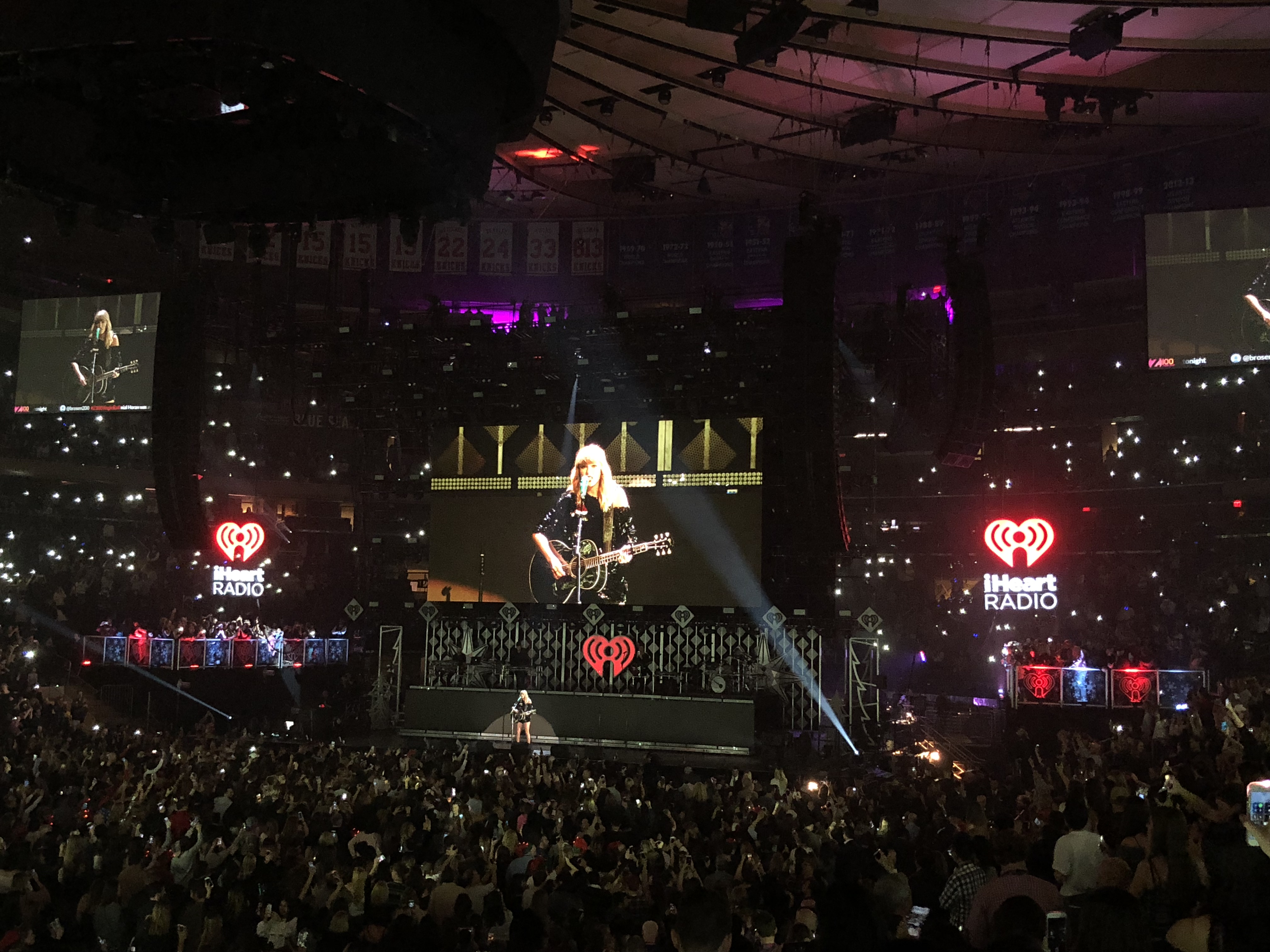 Z100 jingle ball at madison square garden friday december 8th 2017 reviewed rock nyc get for Jingle ball madison square garden