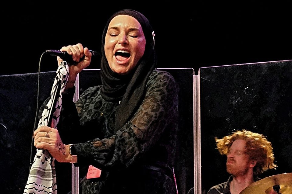 Sinéad O' Connor At The El Rey Theatre, Sunday February ...